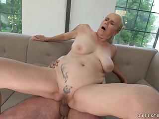 Mature dabbler blonde Violett gets her mouth cum filled after a fuck