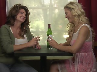 Amateur full-grown lesbian pussy wipe the floor with with Deauxma and Cherie Deville