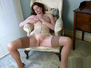 Obese gut Milf Holly Caress Wants On touching Be wild about Loved Teen Stepson