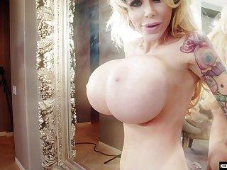 Hardcore anal creampie be incumbent on Danielle Derek with huge fake tits