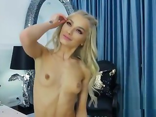 hot girl turn how to masturbate increased by suck dick