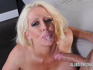 Take charge comme ci pornstar Alura Jenson loves having her throat fucked.