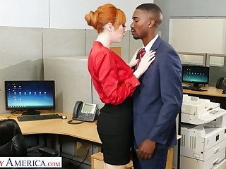 Eye catching milf Lauren Phillips seduces abundantly endowed black co-worker