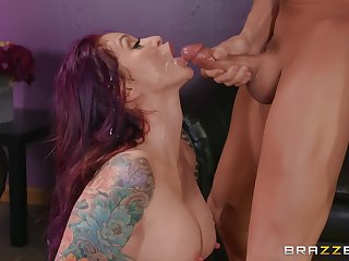 jumping on a sturdly friend's cock is the favorite distraction of Monique Alexander