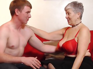 Unlucky granny Savana gets her cunt pounded by a handsome sponger