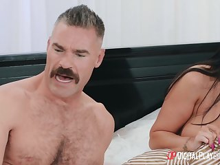 hot brunette MILF Romi Rain Hardcore Porn Video